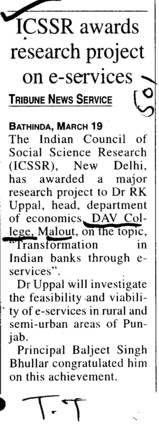 ICSSR awards research project on e services (DAV College)