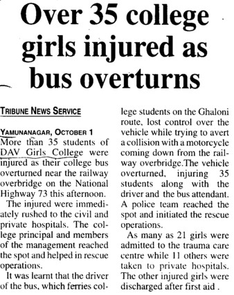 35 college girls injured as bus overturns (DAV College for Girls)